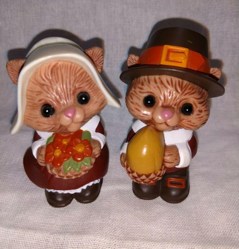 Vtg Pilgrim Squirrel chipmunk Salt and Pepper Shakers Hallmark Fall Thanksgiving