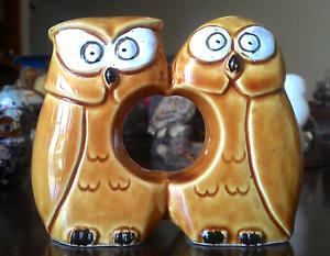 Vintage Ceramic Owl Salt + Pepper Shaker/Serviette Holder Runaway Bay Gold Coast North Preview