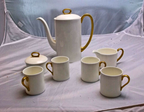 Susie Cooper for Wedgwood Coffee, Demitasse or Tea Set for 4