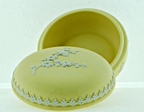 Wedgewood Primrose Yellow Jasperware trinket/power box