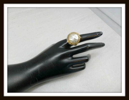 Vintage Gold-tone & Acrylic Faux Pearl Perfume Ring #6663