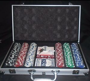 300 Piece Poker chip Set Maryland Newcastle Area Preview