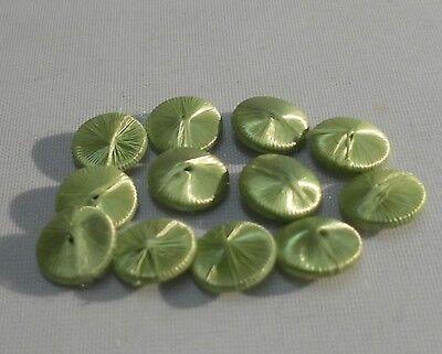 Alte Seidenknöpfe 7mm hellgrün Knöpfe Knopf für Puppen Kleidung Schuhe