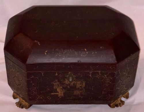 Antique 18th/19th century wooden Chinoiserie Tea Caddy with original Pewter inte
