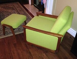 Mid Century R. Huber lounge arm upholstered chair & ottoman London Ontario image 2