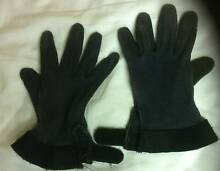 Horse Gear - Ladies Black Riding Gloves Strathpine Pine Rivers Area Preview
