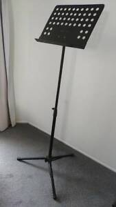 Adjustable note stand (for musical instruments), excellent condition