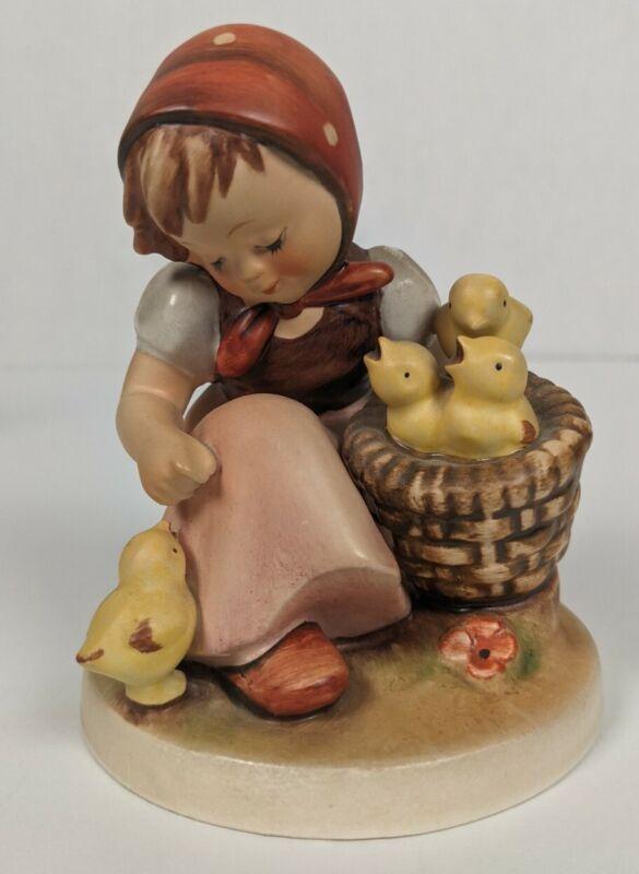 """Hummel, Goebel, CHICK GIRL, Porcelain Figurine, #57/1, TMK-5, 4 3/4"""", Excellent"""