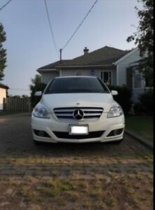 2010 MERCEDES BENZ B200. Certified and E-tested