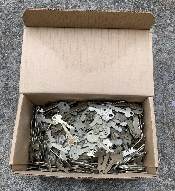 Over 18 Pounds Safe Deposit Box Lock Keys Bulk Cut Used Diebold Mosler Russwin +