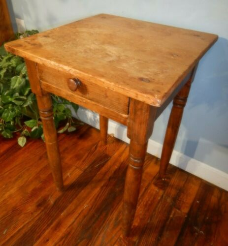 Antique Single Drawer Bedside Nightstand Primitive lamp table Rustic Pine