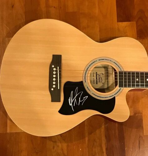 * MICHAEL RAY * signed acoustic guitar * ONE THAT GOT AWAY * PROOF * 1