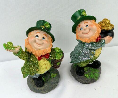 D1 Sm Pair St. Patricks Day Leprechaun Figurines Green Lucky Clover Pot O