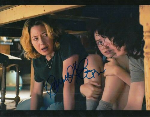 CARRIE COON signed (GHOSTBUSTERS: AFTERLIFE) Movie 8X10 *Callie* photo W/COA #5