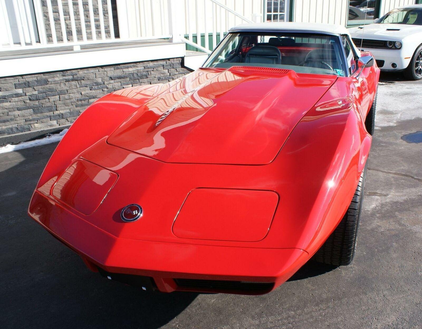 1974 Red Chevrolet Corvette  L82   C3 Corvette Photo 3