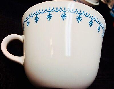VINTAGE CORELLE LIVINGWARE  Blue Snowflake Cups 8 Round Bottom Cups
