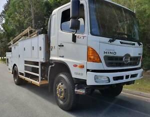 2012 Hino 500 Series  1322  GT8J  4x4 Service Tray Truck Noosaville Noosa Area Preview