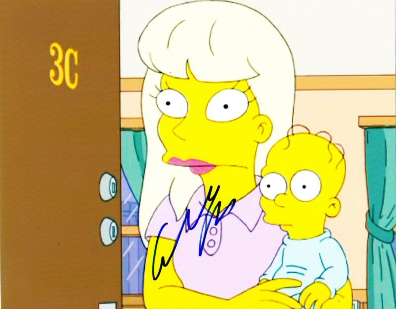ELISABETH MOSS SIGNED 8X10 PHOTO AUTHENTIC AUTOGRAPH MAD MEN THE SIMPSONS COA