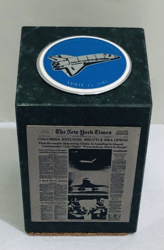 RARE NASA First Columbia Space Flight 1981 Green Marble Cube Paperweight