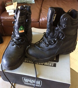 Magnum Steel Toe Boots