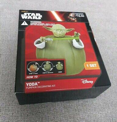 Disney Star Wars Yoda Pumpkin Decorating Kit New in Box