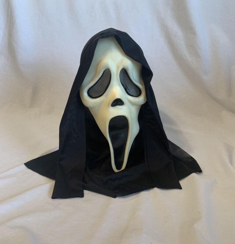 EU Stamped, Easter Unlimited Ghostface Mask, Glow In The Dark, Scream, VGUC