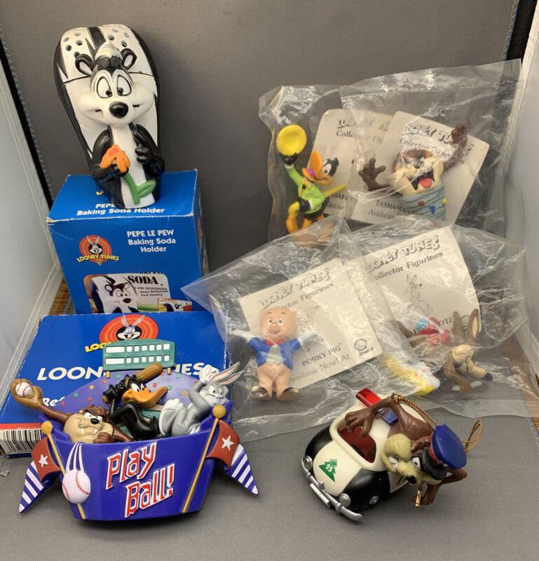 Loony Tunes Lot 1990 Figurines Shell, Sports magnets Pepe Le Pew Tasmanian Devil