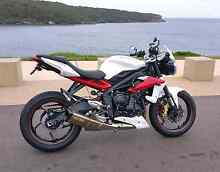 2014 Triumph 675 Street Triple R has ABS &Over $3000 worth extras Botany Botany Bay Area Preview