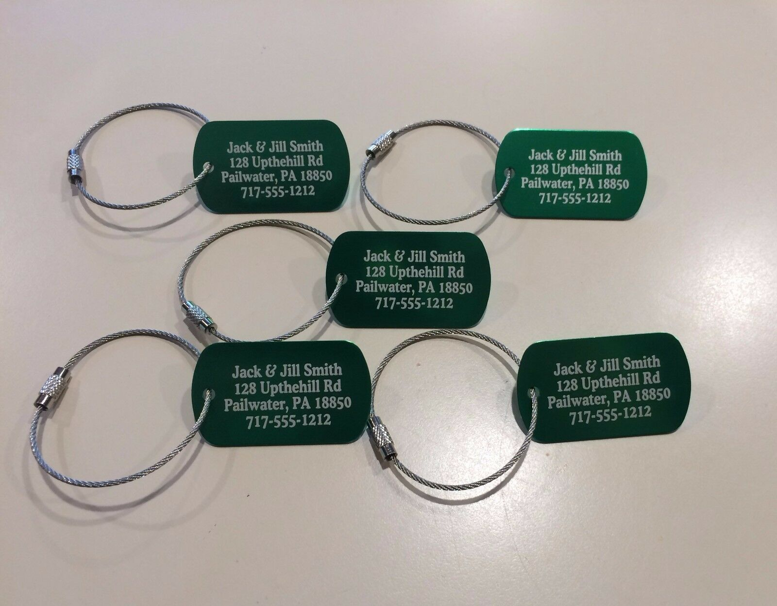 Personalized Metal Luggage tags  with free cables. Five colo