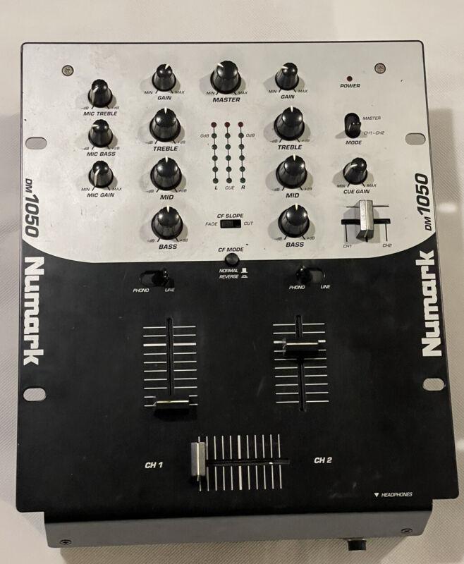 Numark DM1050 2-Channel Audio/Professional/DJ/Music Mixer - Untested