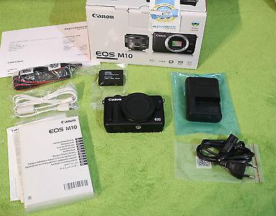 "Canon EOS M10 18.0MP Gehäuse Body - Top Zustand mit ""Griff"" (WLan, Touchscreen)"