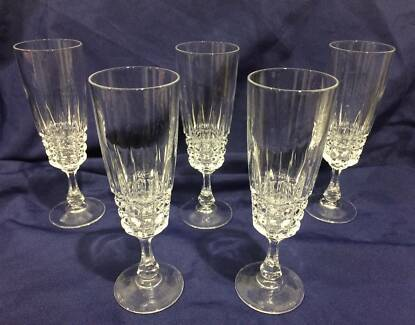 5 MARQUIS by WATERFORD CRYSTAL CHAMPAGNE FLUTES