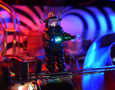 Twilight Zone Pinball Machine Robby Robot w/base, Color Changing/Blinking LED