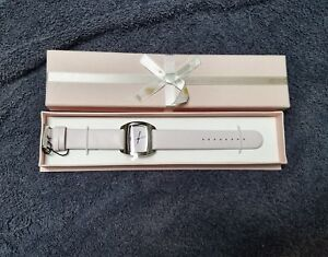 mary kay - pink watch