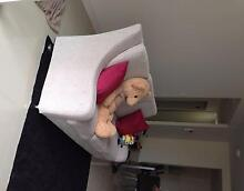 Female share room 3mins walk from mascot station Mascot Rockdale Area Preview