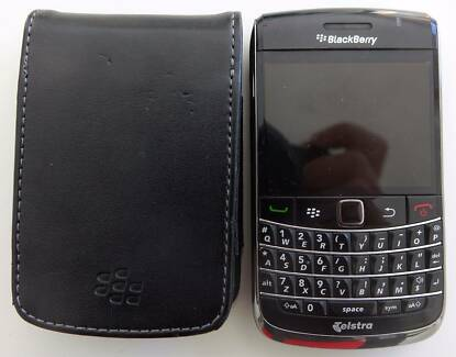 BlackBerry Bold 9700 Unlocked Smartphone Black with leather case