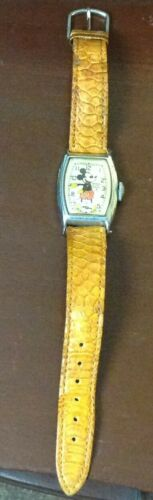 Excellent Vintage Ingersoll Mickey Mouse Wrist Watch Works Well