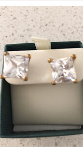 Clear stone square earrings Loganholme Logan Area Preview