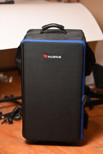 Profoto Compact 300R (2-Studio Lights) Pocket Wizard comparable.