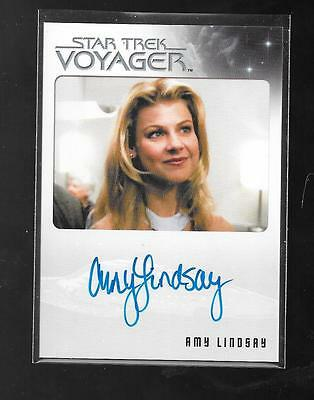 Star Trek Voyager Heroes Villians autograph card Amy Lindsay FREE ship USA