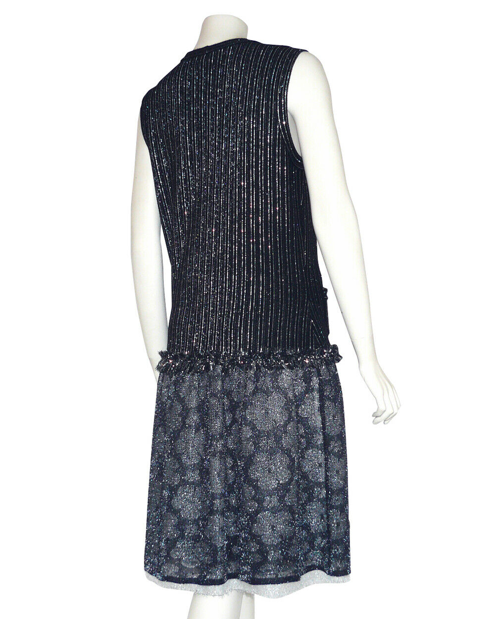 Chanel - robe + etole en cachemire noir et camelias  - chanel cashmere dress