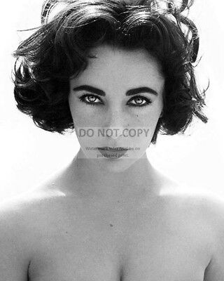 ELIZABETH TAYLOR LEGENDARY ACTRESS - 8X10 PUBLICITY PHOTO (CC544)