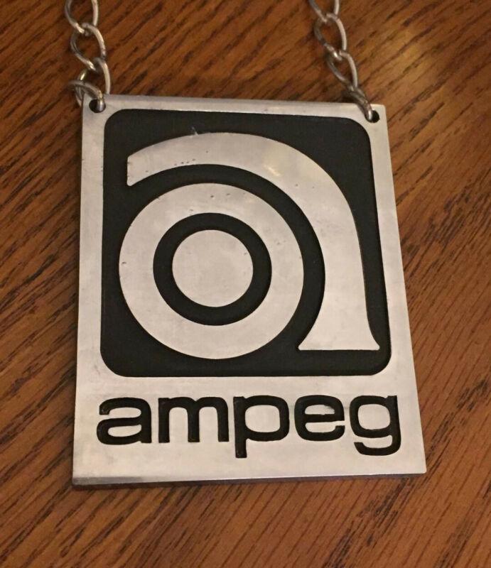 1968 Ampeg Medallion Original Vintage Very Rare - Silver Metal (ONE)