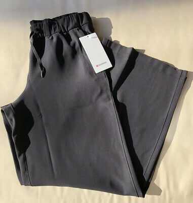 NWT Lululemon Size 4 On The Fly Wide Leg *Woven Pant BLK Black $118