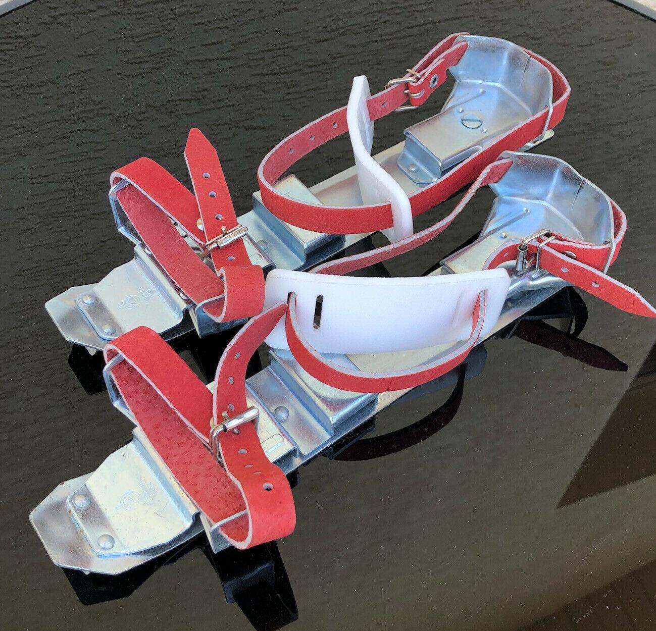 rot-silberne größenverstellbare, gebrauchte Gleitschuhe für Erwachsene (24-29cm)
