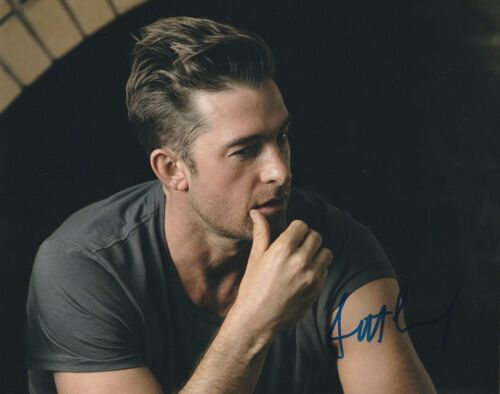 * SCOTT SPEEDMAN * signed autographed 8x10 photo * ANIMAL KINGDOM * 4