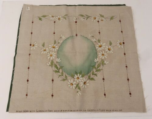 ANTIQUE VICTORIAN Pillow Top Embroidery Linen Daisies Stamped Large