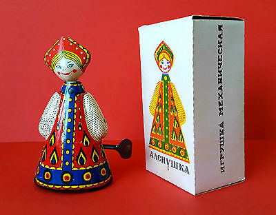 1970s USSR Russia Soviet Wind Up Tin Folk Costume Doll АЛЕНУШКА with Key in Box ](Wind Up Toy Costume)