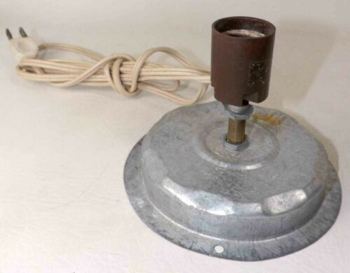 Vintage Poloron Blow Mold Replacement Full Size Bulb Metal Light Plate & Cord