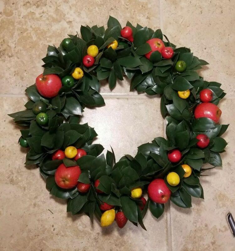 """Mid Century Vintage Plastic Fruit foliage Christmas Wreath 16"""" Diameter"""